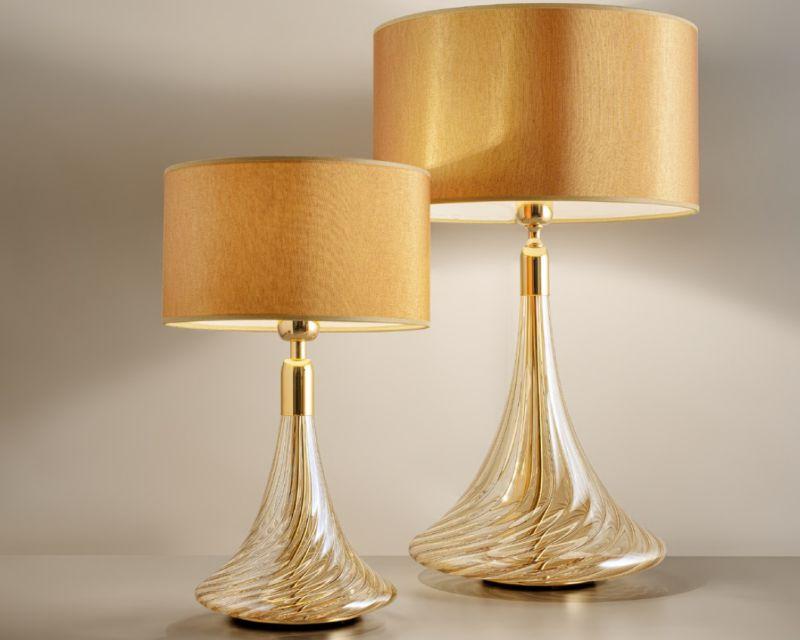 Noa Antealuce Lampada Da Tavolo Classica Ambra Oro Lightinspiration It