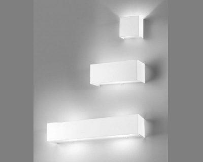 linear-metal-antealuce-lampada-da-parete-bianca