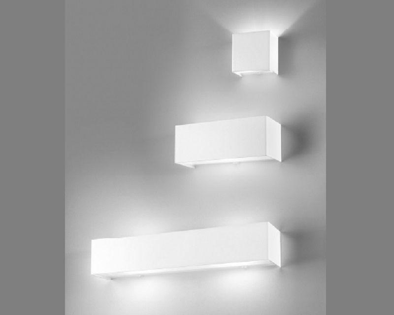 Plafoniere Da Parete Alternative : Linear metal antealuce lampada da parete lightinspiration