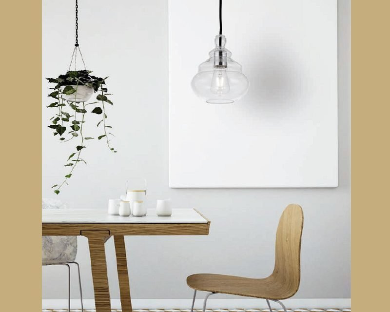 adone-lampadario-moderno-trasparente-miloox-sforzin-ambientazione