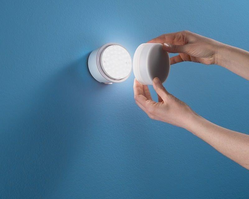 chobin-applique-tondo-led-moderna-linea-light-disco-applicazione