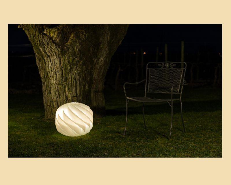 globe-lampada-terra-moderna-esterno--polilux-linea-zero