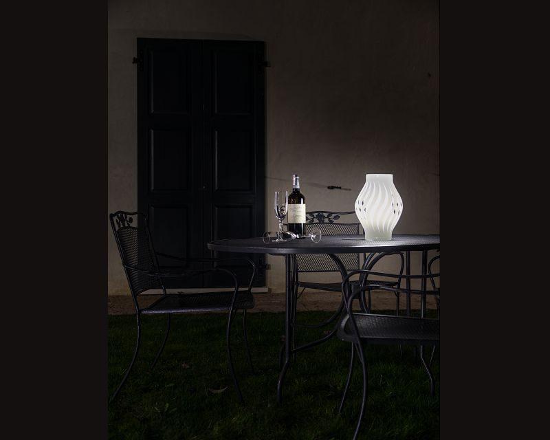 helios-lampada-da-tavolo-lanterna-esterno-linea-zero