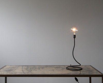 fiore-lampada-tavolo-dimmer-renzo-serafini-ambiente
