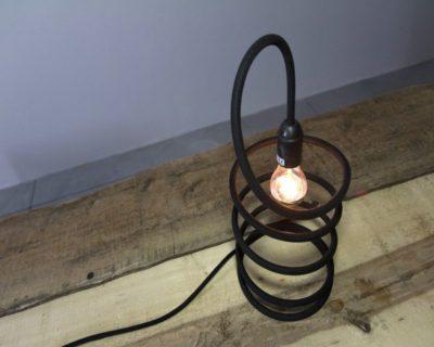 stringimi-lampada-tavolo-dimmer-renzo-serafini-ambiente