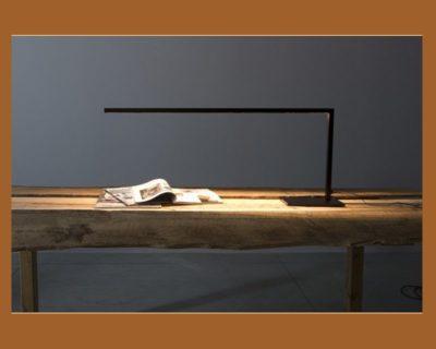 piano-solo-lampada-tavolo-led-renzo-serafini