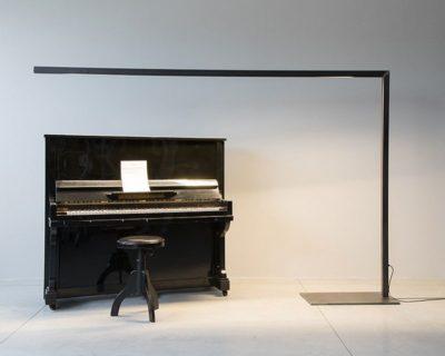piano-solo-maxy-piantana-ferro-nero-renzo-serafini-ambiente