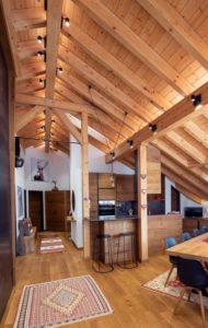 Faretti orientabili per soffitti in legno