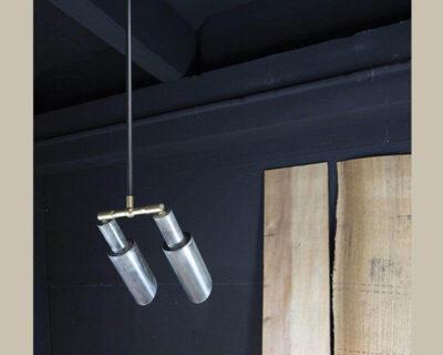 128X2-lampadario-ferro-sospensione-renzo-serafini-ambiente