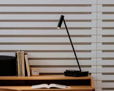 Elamp-Leds-C4-Lampada-Led-da-scrivania