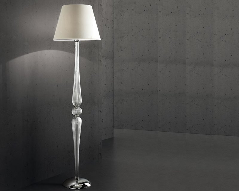 Dorothy ideal lux piantana classica con paralume lightinspiration.it