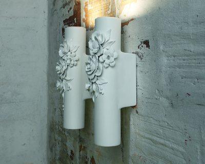 capodimonte-karman-applique-led-classica-in-ceramica-bianca-decorata