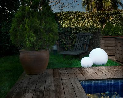 cisne-leds-c4-lampada-da-esterno-a-sfera