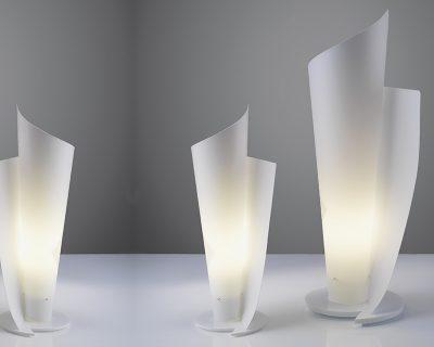 vela-linea-zero-lampada-da-tavolo-bianca-o-colorata