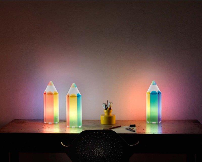 Pin pen linea zero lampada da tavolo per bambini